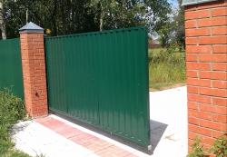 Стальные откатные ворота с обшивкой профлистом с одной стороны, 3500Х2200